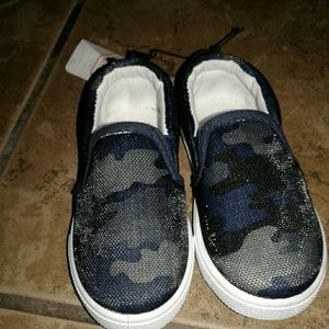 Other - ⭐boy's black camo slip on shoes NWT!⭐